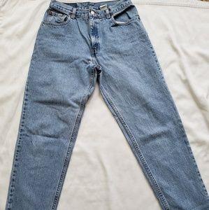 Levi's 550 Tappered Leg